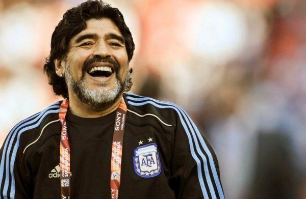 Tutti i figli di D10S: buon compleanno Maradona