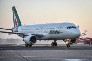 Nuova Alitalia, Lufthansa pronta ad investire ma con 'precondizioni'