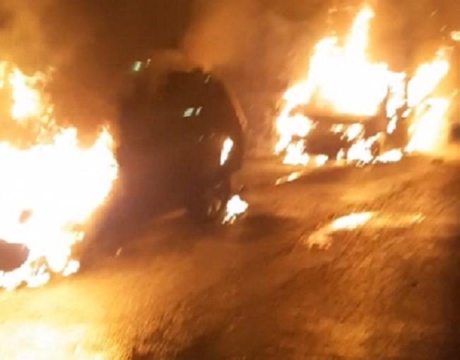 A fuoco scooter e auto di sindaco e consigliere, è allarme nel Comune di Massimo Troisi
