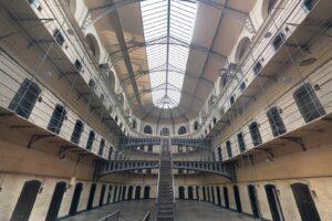 Sovraffollamento delle carceri, l'Italia è maglia nera in Europa