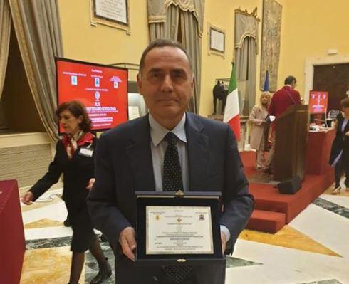 """Massimo Perrino conquista il premio letterario """"Letizia Isaia"""""""
