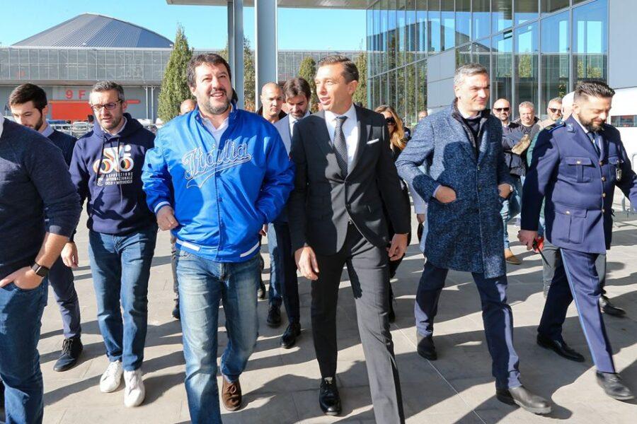 """Salvini gioca con la storia: """"Dopo Berlino, cadrà il muro di Carpi"""""""