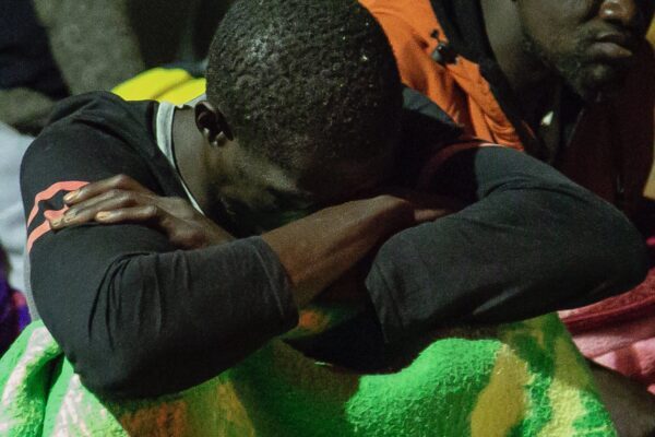 Alan Kurdi in acque italiane, 88 migranti in attesa di un porto sicuro