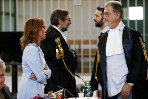 """Caso Cucchi, rinviato processo su depistaggi. Il giudice: """"Sono un ex carabiniere"""""""