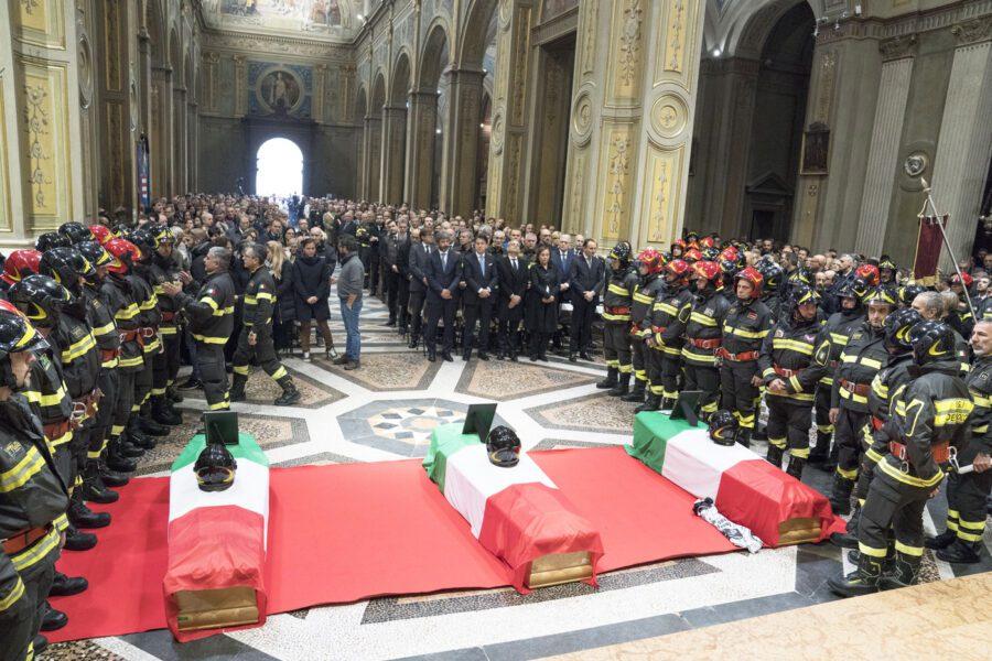 """Pompieri uccisi da esplosione: fermato titolare cascina, """"movente economico"""""""