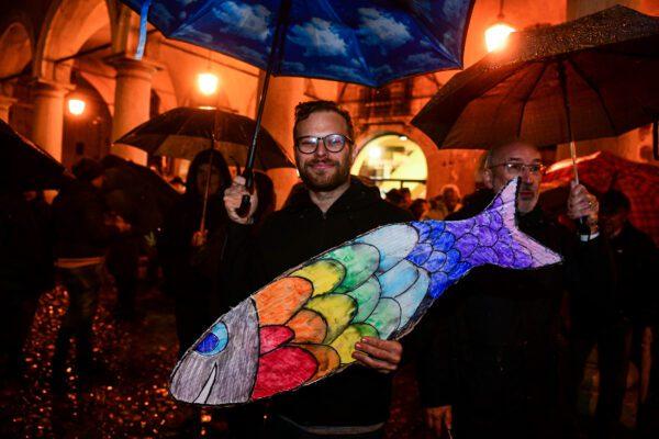 Dai 'Fravagli di Sorrento' alle 'Sardine di Roma', già pronte altre 40 piazze