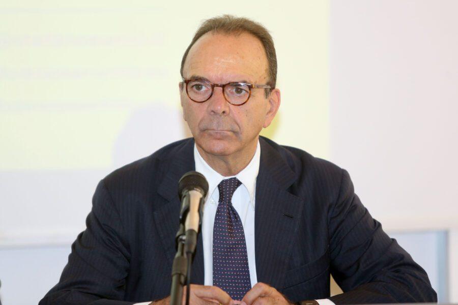 """Intervista a Stefano Parisi: """"M5s partito sovversivo ed eversivo"""""""