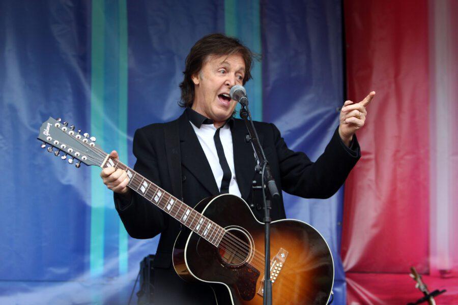 Paul McCartney in Italia, Freshen up il 10 giugno a Napoli e il 13 a Lucca