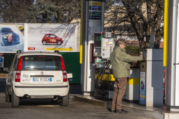 Sciopero nazionale dei benzinai. Stop ai rifornimenti fino a venerdì