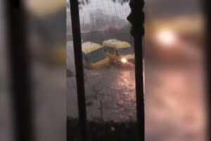 Il maltempo colpisce l'Italia: acqua alta a Venezia, allagata Matera