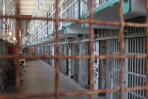 Carceri: più droga e cellulari in cella, Dap corre ai ripari con nuove tecnologie