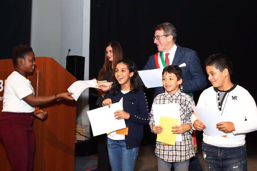 A Modena si anticipa il Parlamento, cittadinanza onoraria per 216 bambini 'stranieri'
