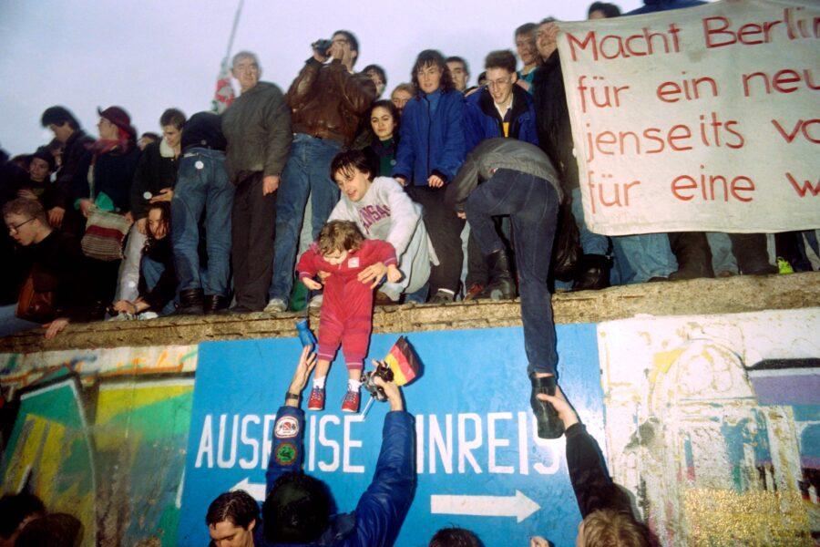 Berlino carnefice, Berlino vittima: cartoline del '900