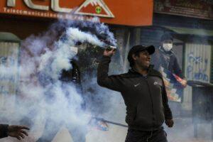 Bolivia, scontri tra polizia e manifestanti pro Morales: 8 morti