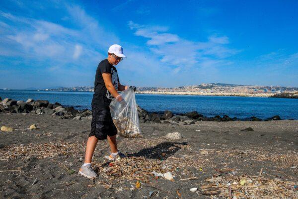 Cop21 a Napoli, vertice europeo dei ministri dell'ambiente e azioni di pulizia