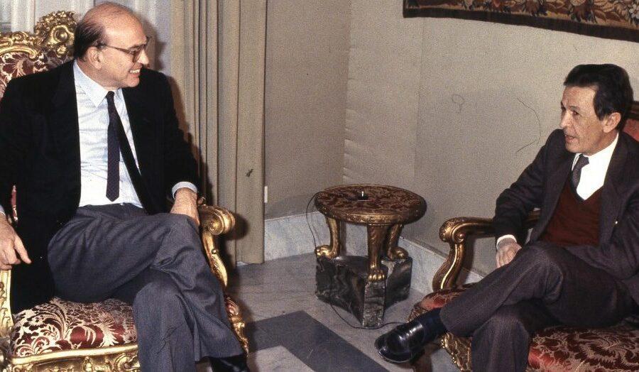 Non è più una terra per giganti: c'erano una volta Craxi e Berlinguer