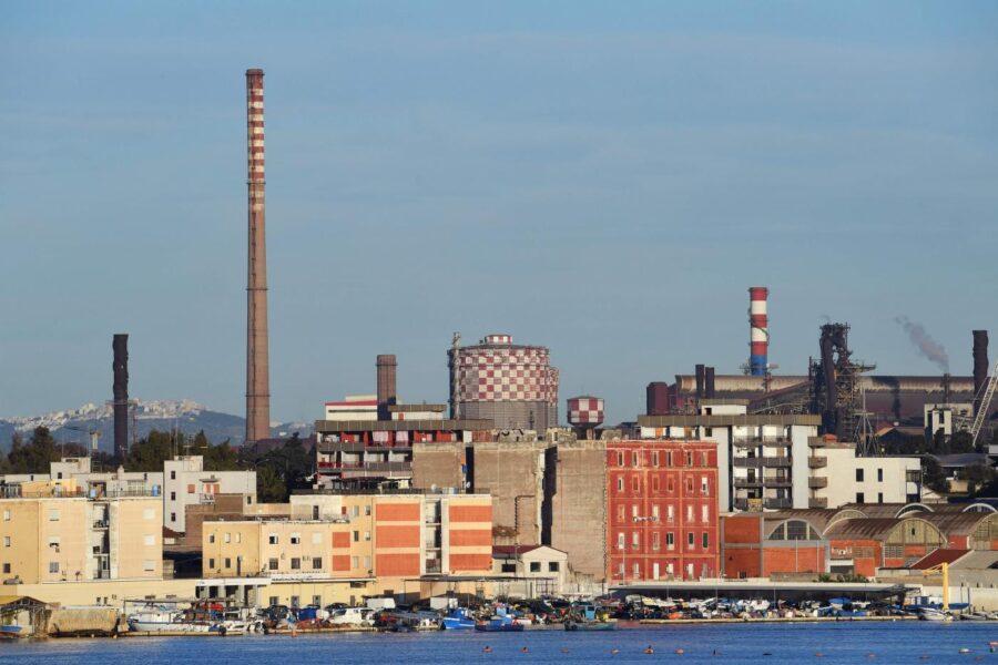 Ex Ilva, oggi il vertice al Ministero tra Arcelor Mittal e sindacati: attesi i numeri degli esuberi