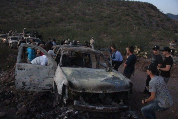 Bambino vaga per 23 chilometri e scampa al massacro in Messico
