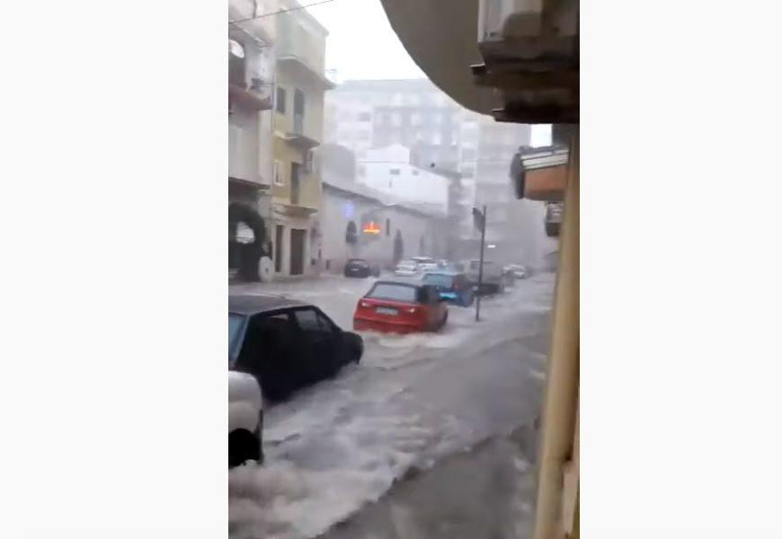 Tromba d'aria a Licata, il maltempo colpisce la Sicilia