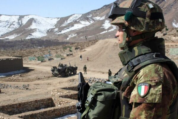 Attentato in Iraq contro militari italiani: cinque feriti, tre sono gravi