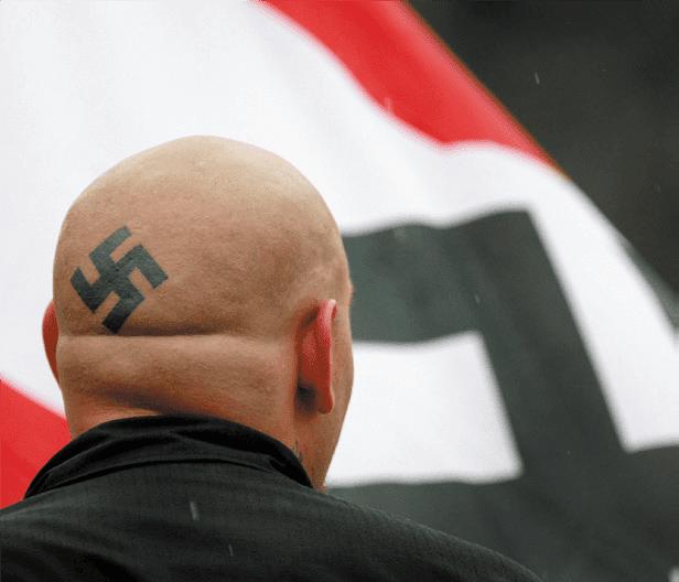 Dresda, allarme Nazi. Il consiglio comunale proclama lo stato d'emergenza