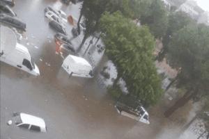 Piogge battenti in Calabria, allagamenti a Reggio e Lamezia