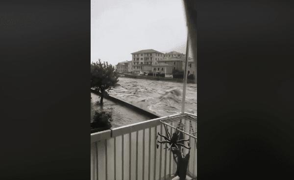 """Maltempo in Liguria, esondazioni e sfollati """"Non uscite di casa"""""""