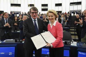 Via libera dell'Europarlamento alla Commissione targata von der Leyen