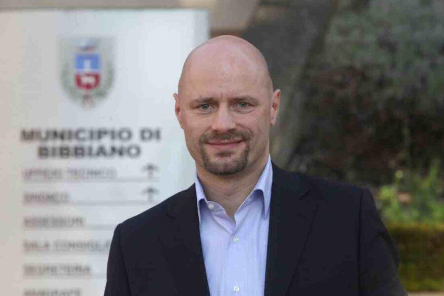 Bibbiano, la Cassazione revoca i domiciliari al sindaco: non c'erano le condizioni per l'arresto