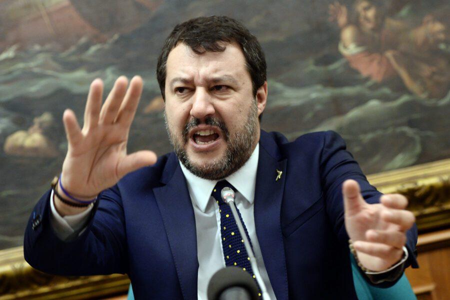 Riuscirà Salvini a sfuggire alla caccia al cinghiale?