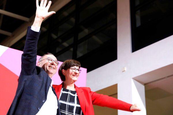 Germania, Spd svolta a sinistra: a rischio il governo Merkel