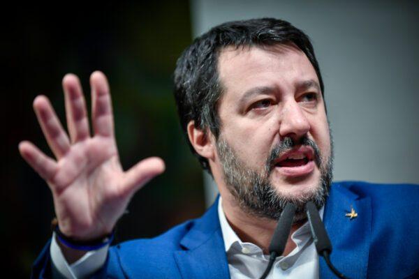 """Migranti, Salvini indagato per blocco nave Gregoretti. Di Maio: """"Voteremo per procedere"""""""