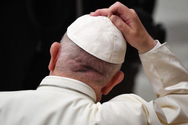 Nel 2019 segnalati in Vaticano 1.000 abusi di preti su minori
