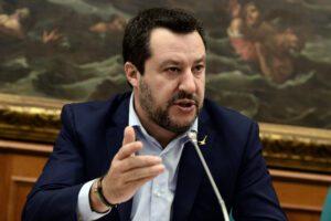 """Il populismo di Salvini non si ferma davanti all'emergenza globale: """"Stampiamo moneta"""""""