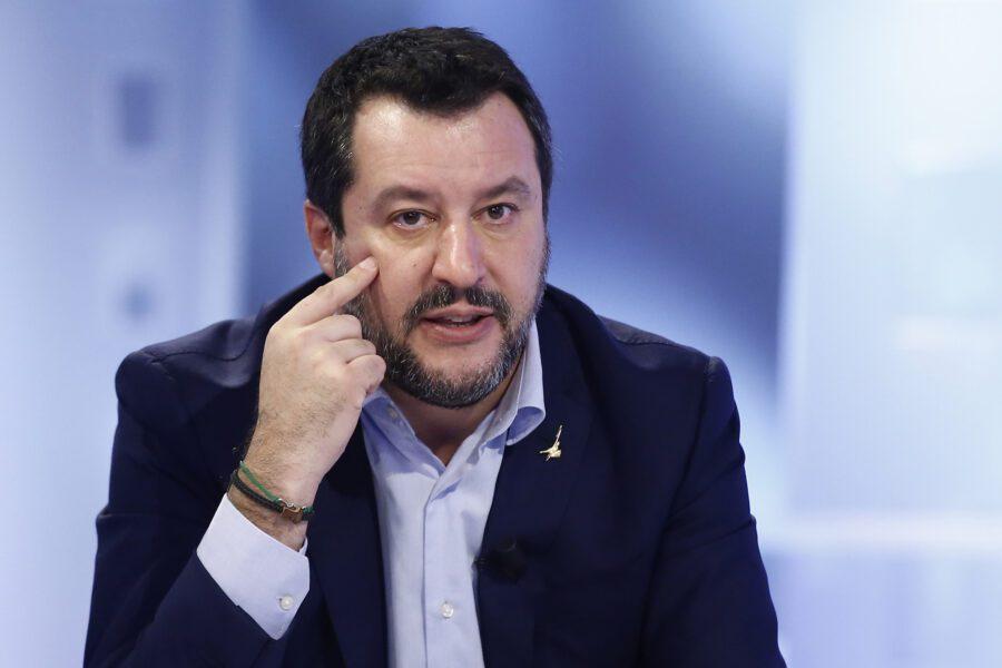 """Regionali in Emilia Romagna, Salvini ai suoi: """"Parlate di Bibbiano e trovate una famiglia terremotata"""""""