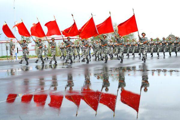 La Cina detta la linea politica all'Europa e allega minacce