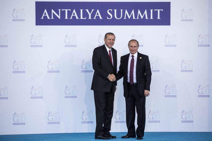 Erdogan e Putin preoccupano l'Italia: pronti all'intervento in Libia