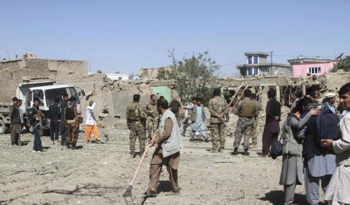 Strage di soldati in Afghanistan, 23 morti nel raid dei talebani