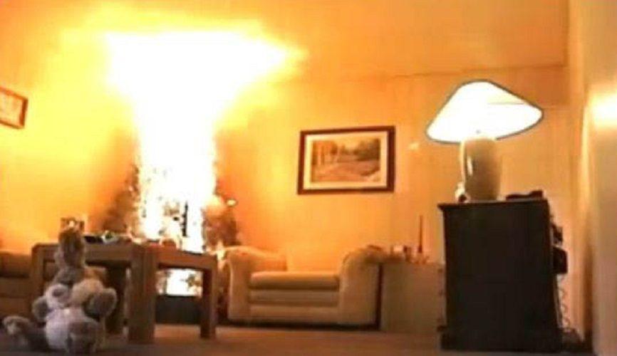 Brucia albero di Natale: uomo muore, in ospedale moglie e figlia