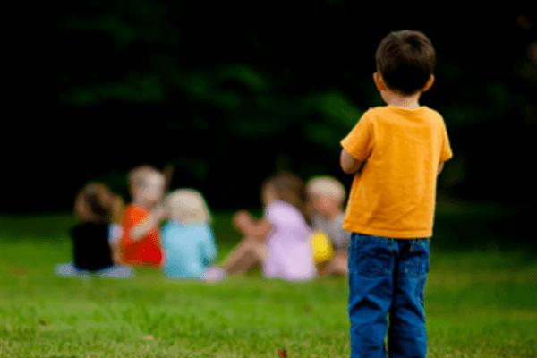 """Albergo rifiuta di ospitare ragazzi autistici: """"Capodanno è per i genitori, non per i disabili"""""""