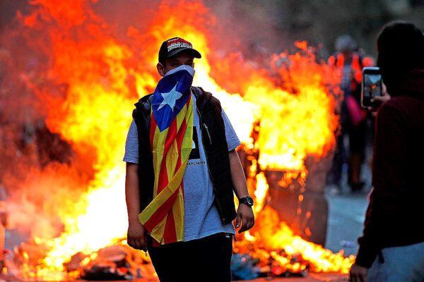 No ad arresto eurodeputati: scarcerazione per Junqueras