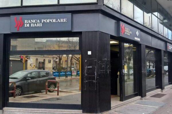Banca Popolare di Bari commissariata, il salvataggio spacca il Governo
