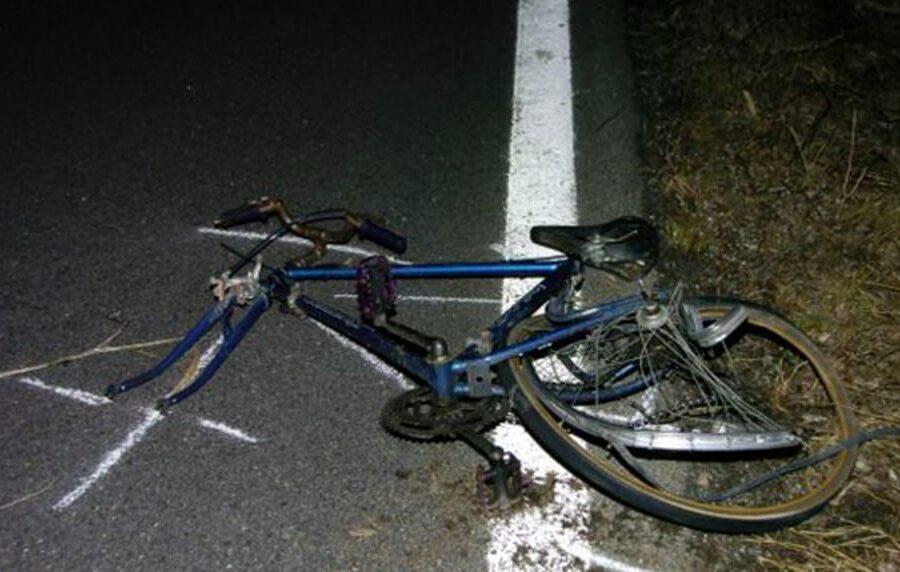 Travolge e uccide due ciclisti, arrestato automobilista positivo all'alcol test