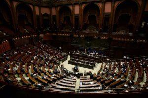 Giustizia, il governo pone la fiducia sul dl alla Camera