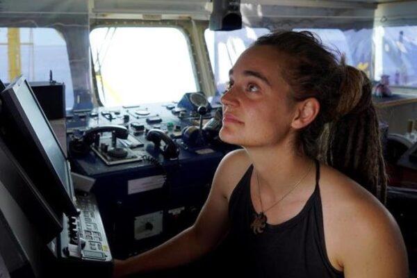 Sea Watch libera, scacco matto al decreto sicurezza