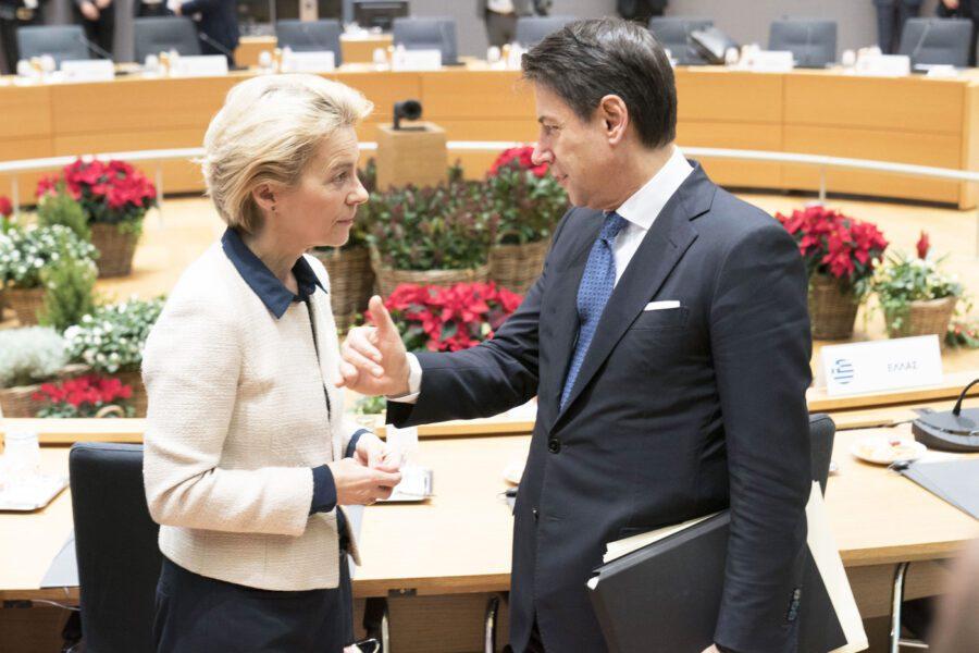Fondo Salva-Stati, l'Eurosummit accoglie le modifiche italiane al testo