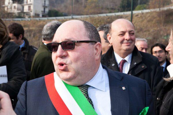 Il sindaco leghista di Biella indagato, auto blu per uso privato