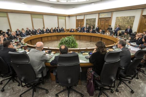 Toghe scatenate: Renzi deve tacere
