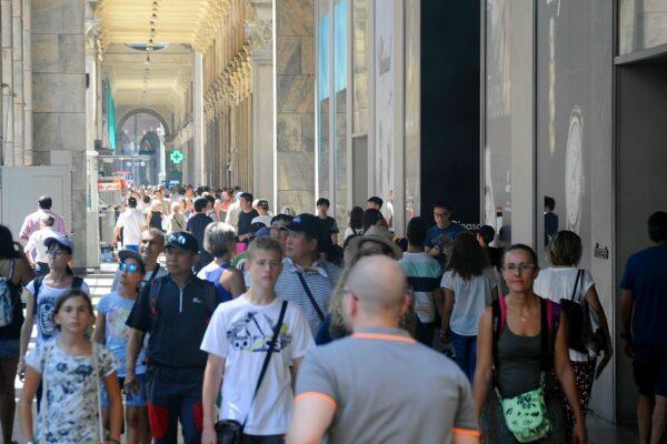 Rapporto Istat 2020, il Covid fa crescere le diseguaglianze: addio all'ascensore sociale