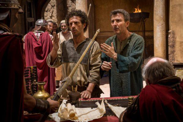 Incassi cinema, a Natale trionfano Ficarra e Picone